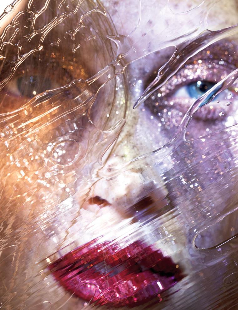 glitter-makeup-2-760x987